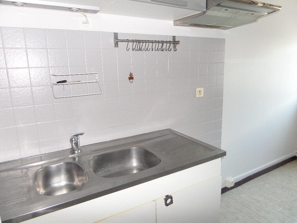 Appartement à louer 3 62.77m2 à Thyez vignette-6