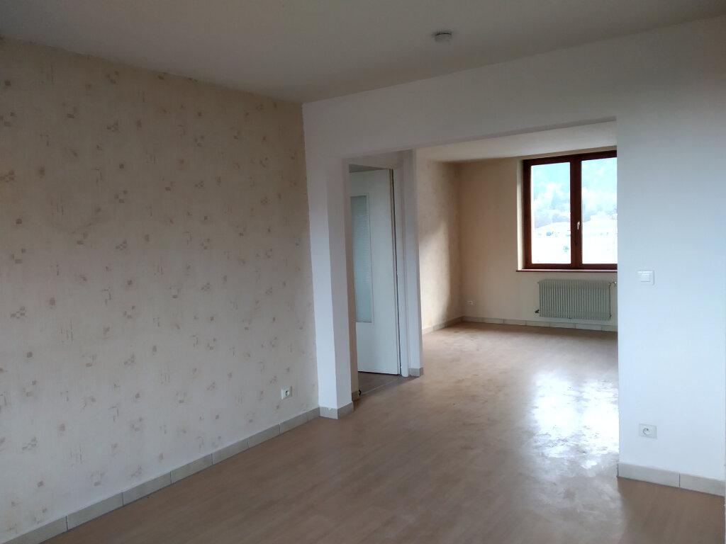 Appartement à louer 4 75m2 à Cluses vignette-4