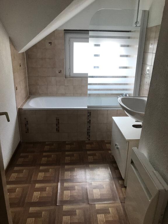 Appartement à louer 3 56.54m2 à Cluses vignette-7