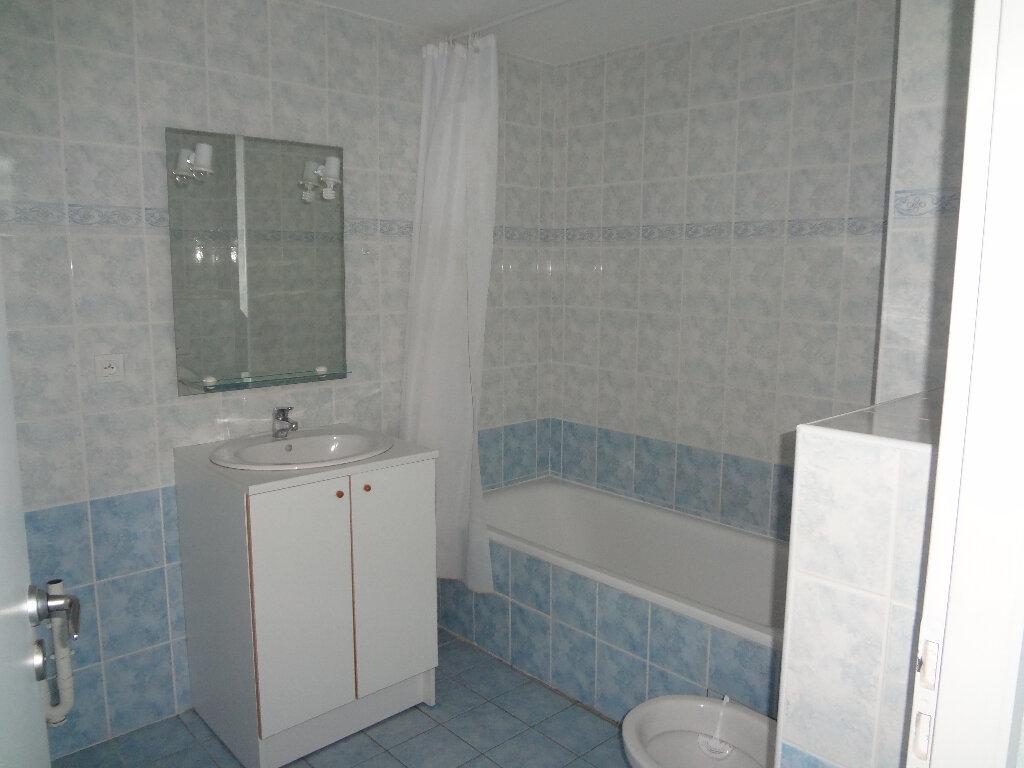 Appartement à louer 2 44.15m2 à Scionzier vignette-6