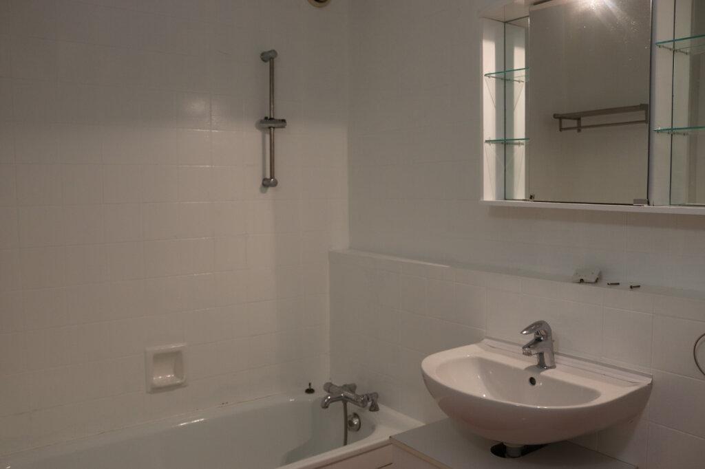 Appartement à vendre 3 60.7m2 à Bonneville vignette-4