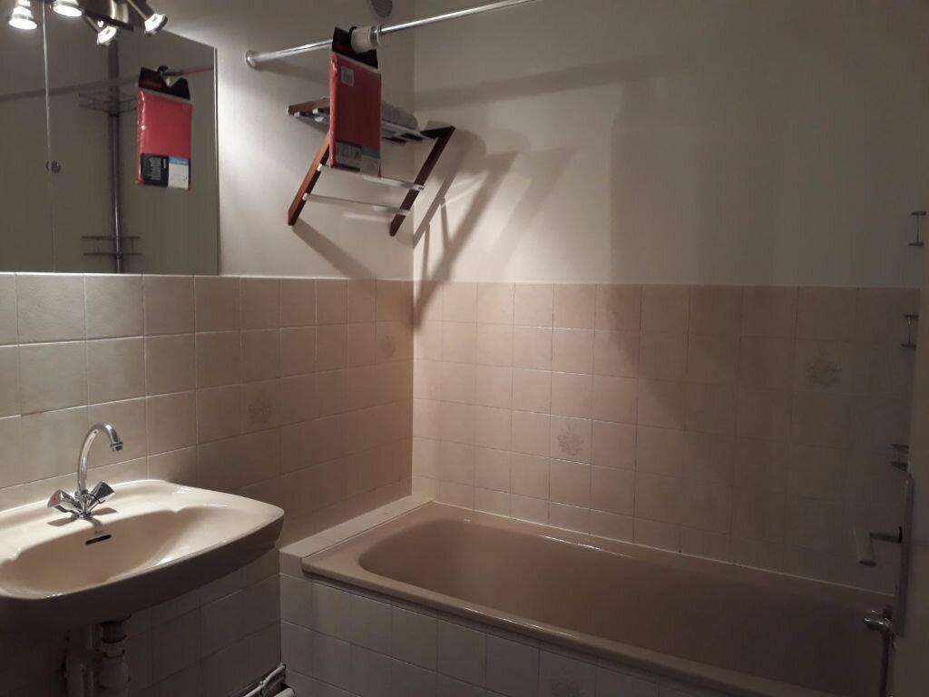 Appartement à louer 2 58.38m2 à Étrembières vignette-6