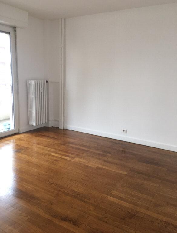 Appartement à louer 2 53m2 à Annemasse vignette-3