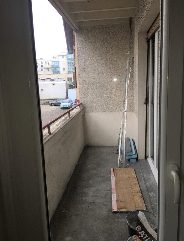 Appartement à louer 2 53m2 à Annemasse vignette-5