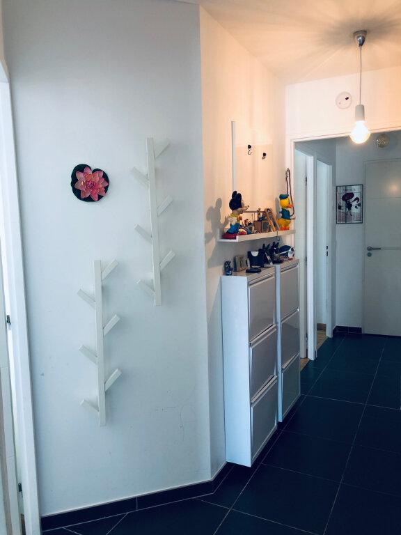 Appartement à louer 4 82.36m2 à Annemasse vignette-5
