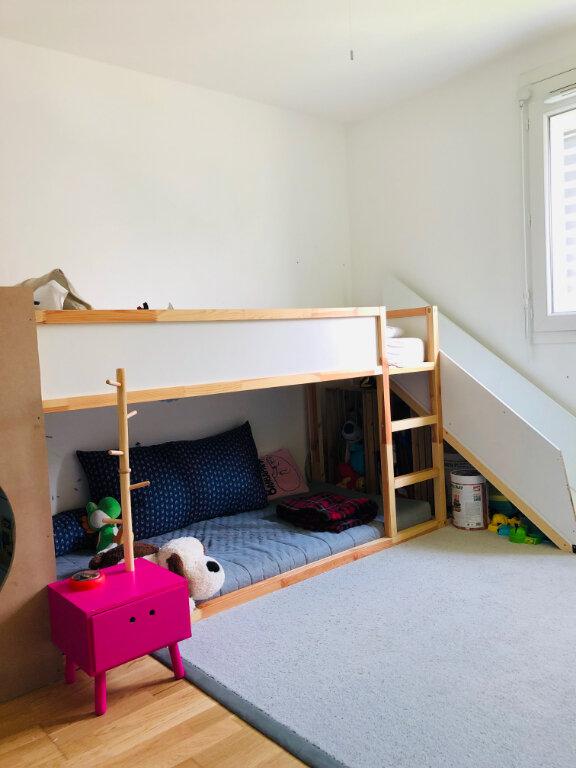 Appartement à louer 4 82.36m2 à Annemasse vignette-6