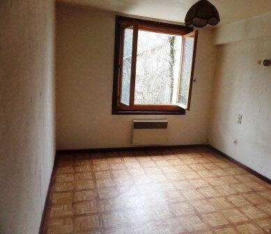 Appartement à louer 2 31m2 à Saint-Sigismond vignette-2