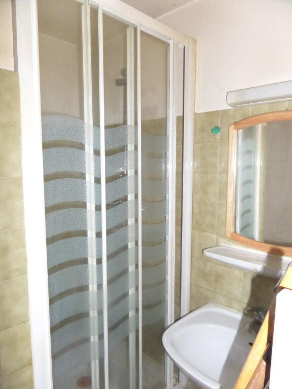 Appartement à louer 2 31m2 à Saint-Sigismond vignette-5