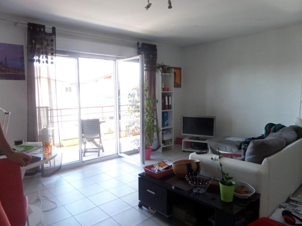 Appartement à louer 2 48.69m2 à Thyez vignette-2