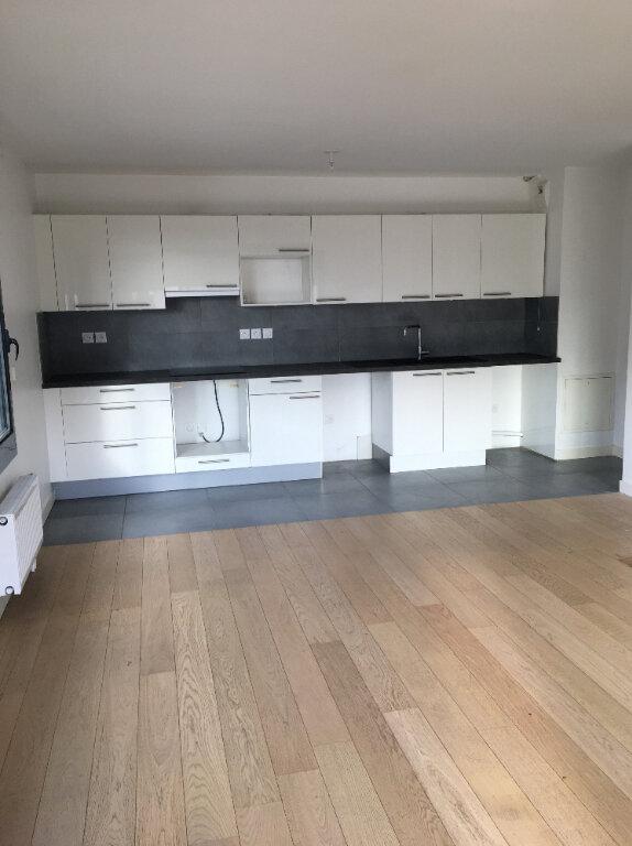 Appartement à louer 3 71.46m2 à Annemasse vignette-1