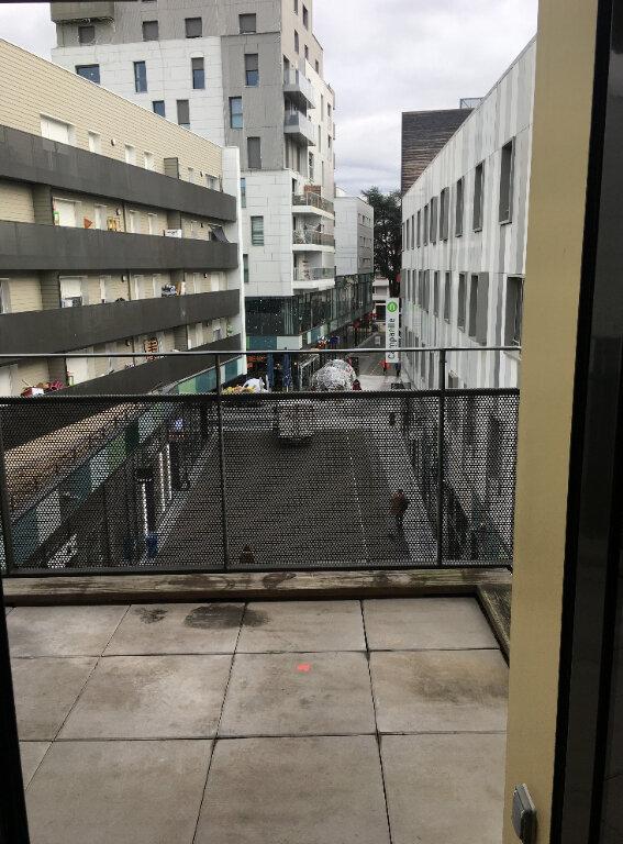 Appartement à louer 3 68.9m2 à Annemasse vignette-5