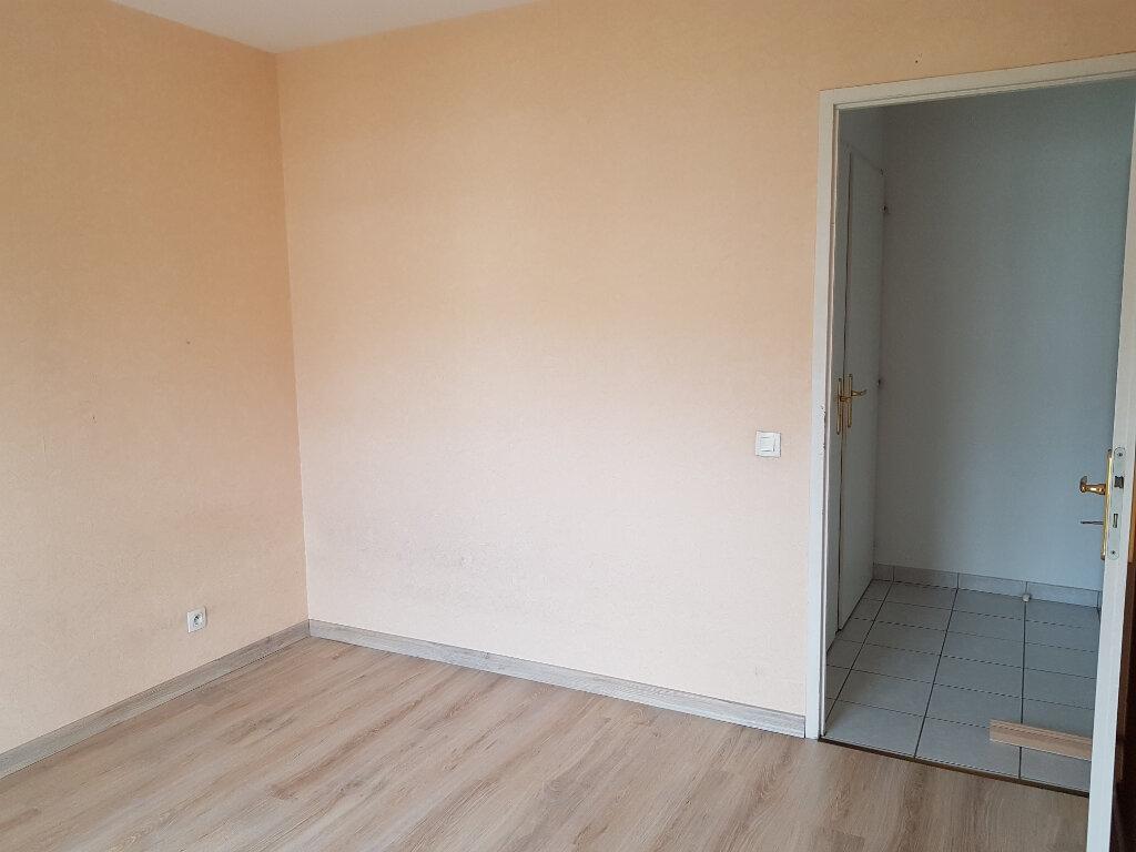 Appartement à louer 3 69.18m2 à Thyez vignette-7