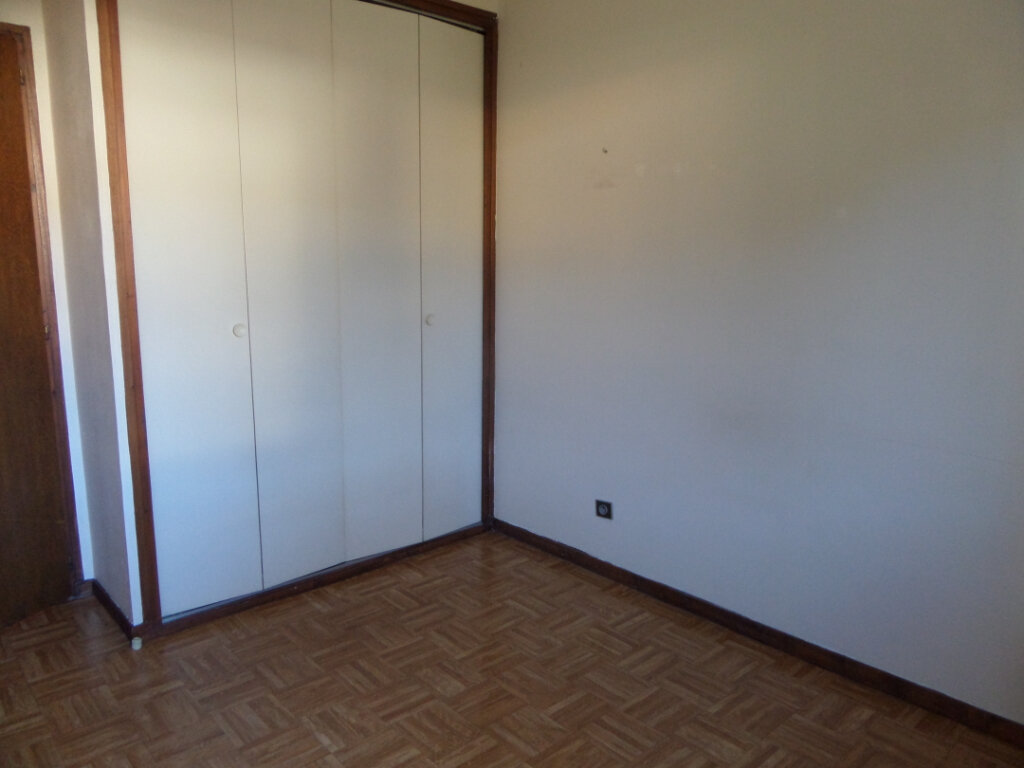 Appartement à louer 2 42m2 à Scionzier vignette-4