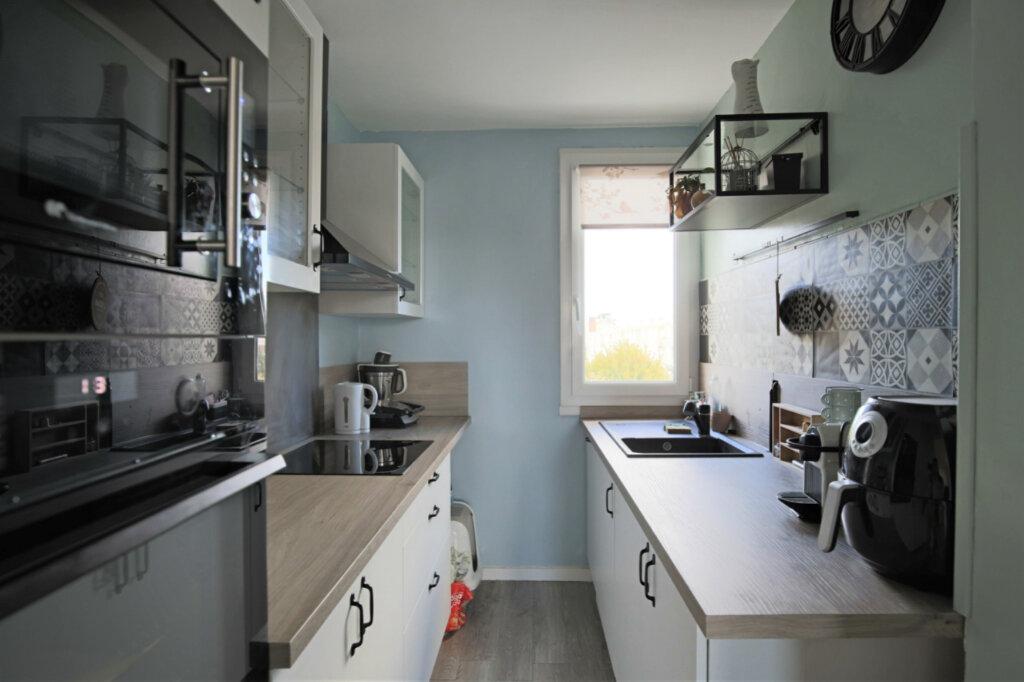 Appartement à vendre 3 50.46m2 à Eaubonne vignette-3