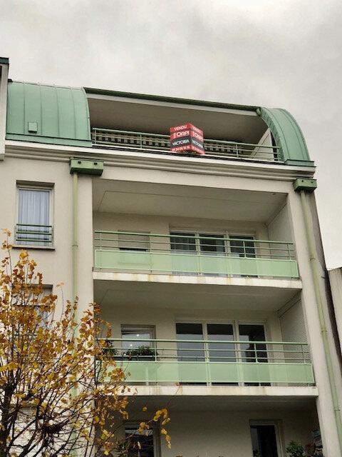 Appartement à vendre 5 114.1m2 à Eaubonne vignette-1