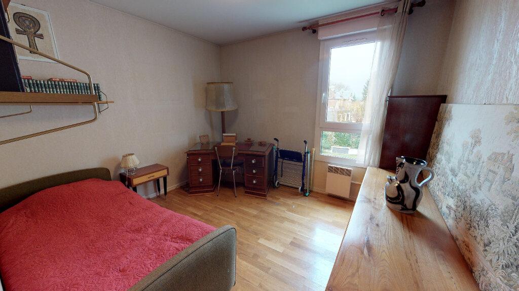 Appartement à vendre 5 105m2 à Eaubonne vignette-6