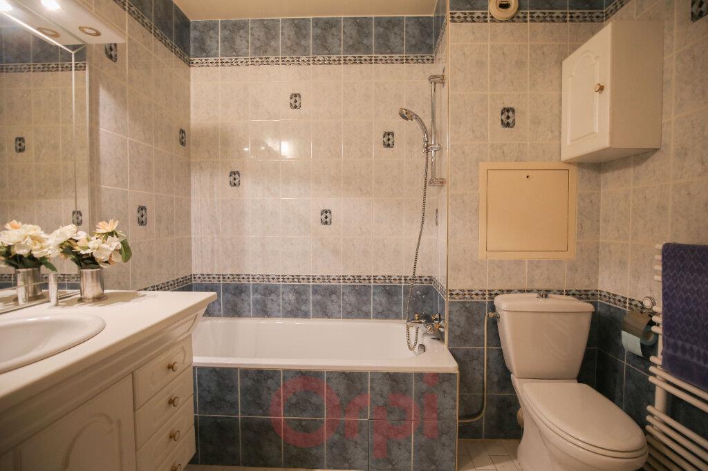 Appartement à vendre 5 105m2 à Eaubonne vignette-8