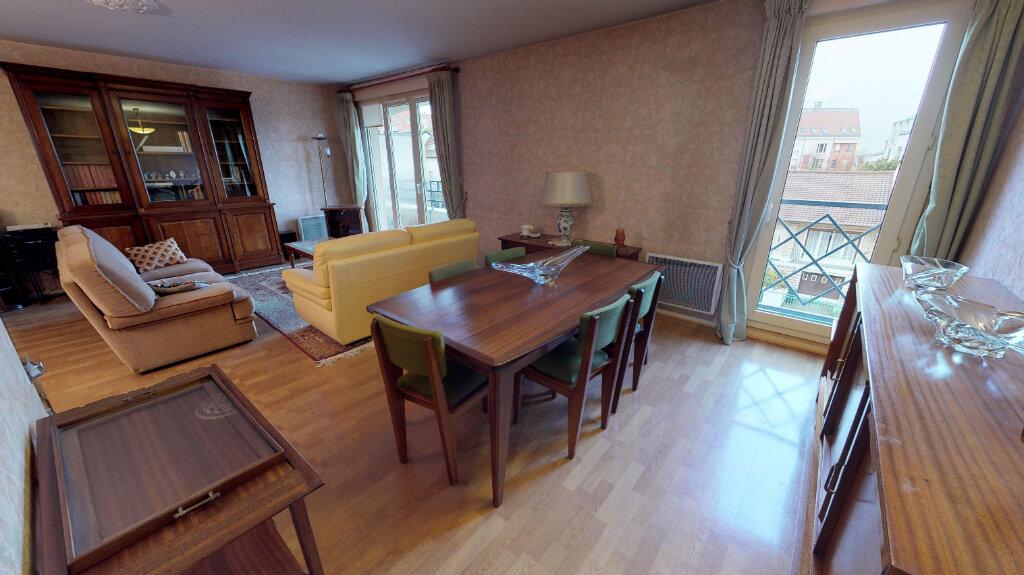 Appartement à vendre 5 105m2 à Eaubonne vignette-9