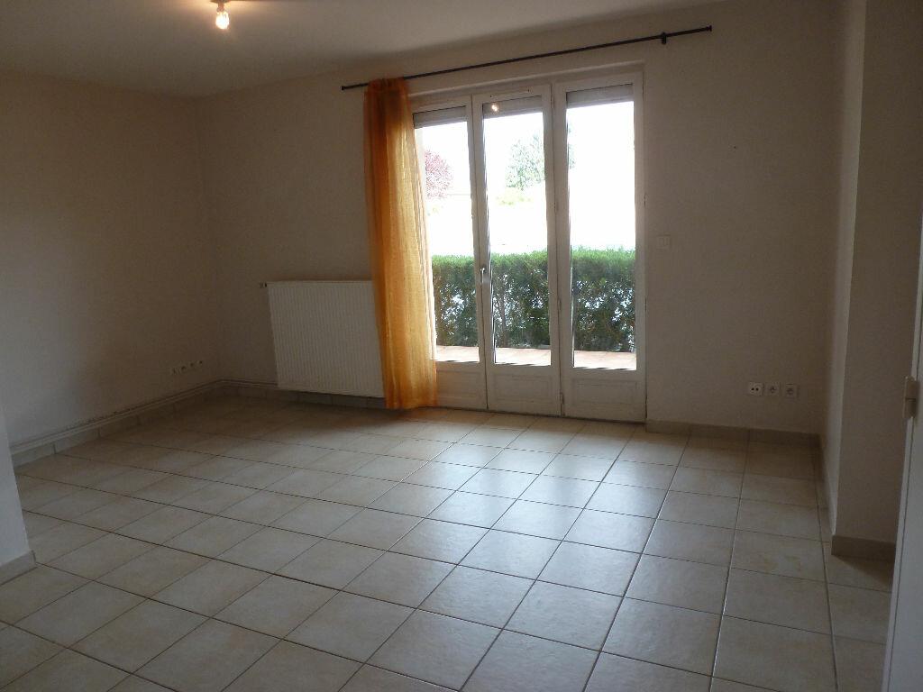 Appartement à vendre 2 37m2 à Thoissey vignette-1