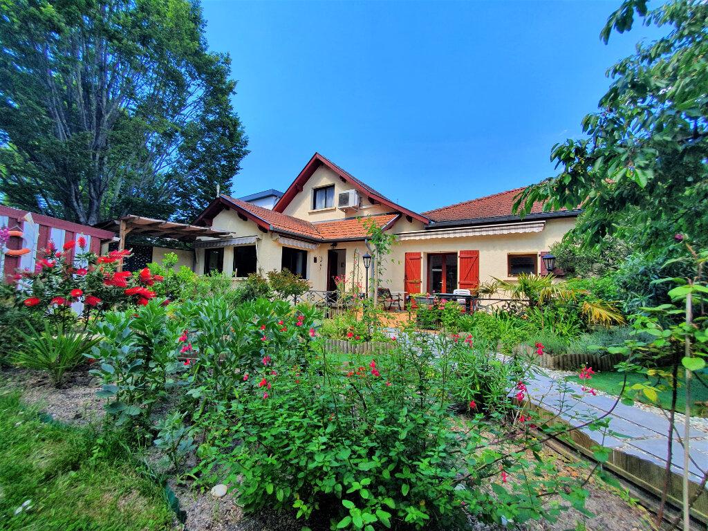Maison à vendre 5 132m2 à Biscarrosse vignette-1