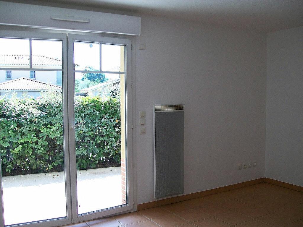Appartement à louer 2 36m2 à La Teste-de-Buch vignette-1