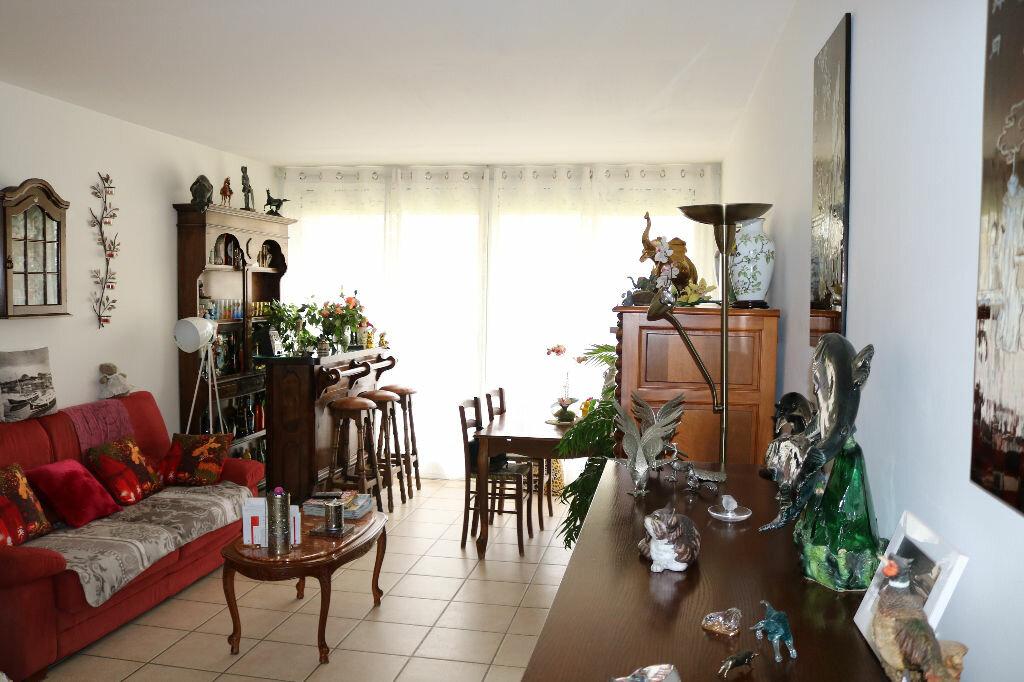 Appartement à louer 3 67.25m2 à Biscarrosse vignette-1