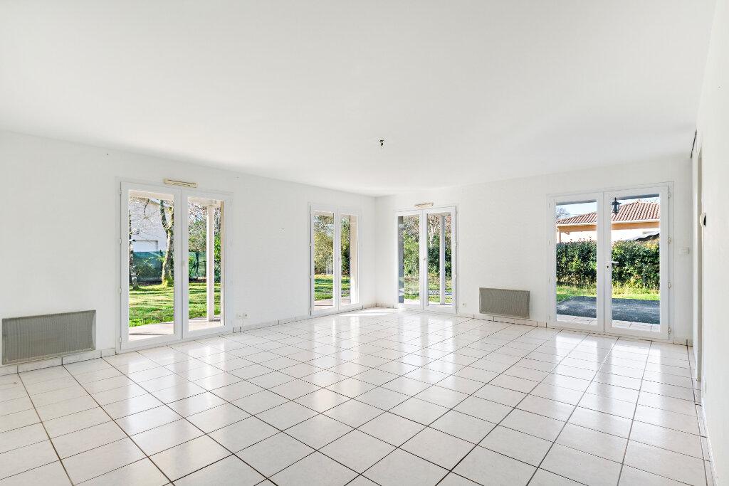 Maison à vendre 5 105m2 à Gujan-Mestras vignette-7