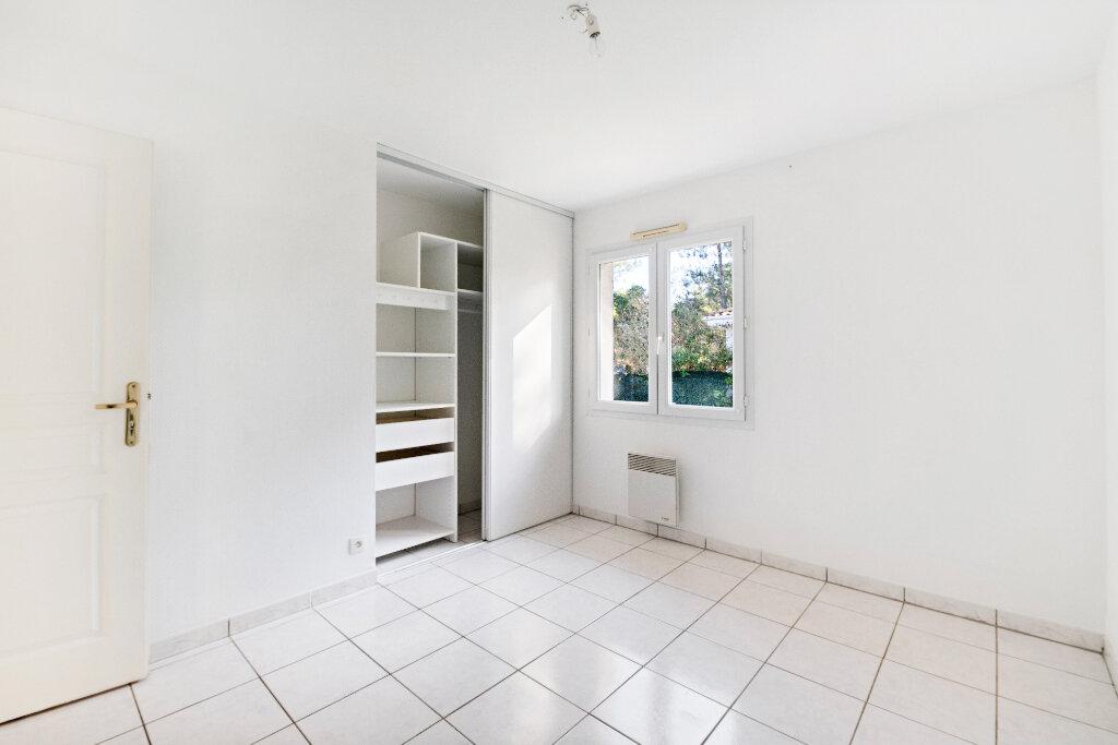Maison à vendre 5 105m2 à Gujan-Mestras vignette-10