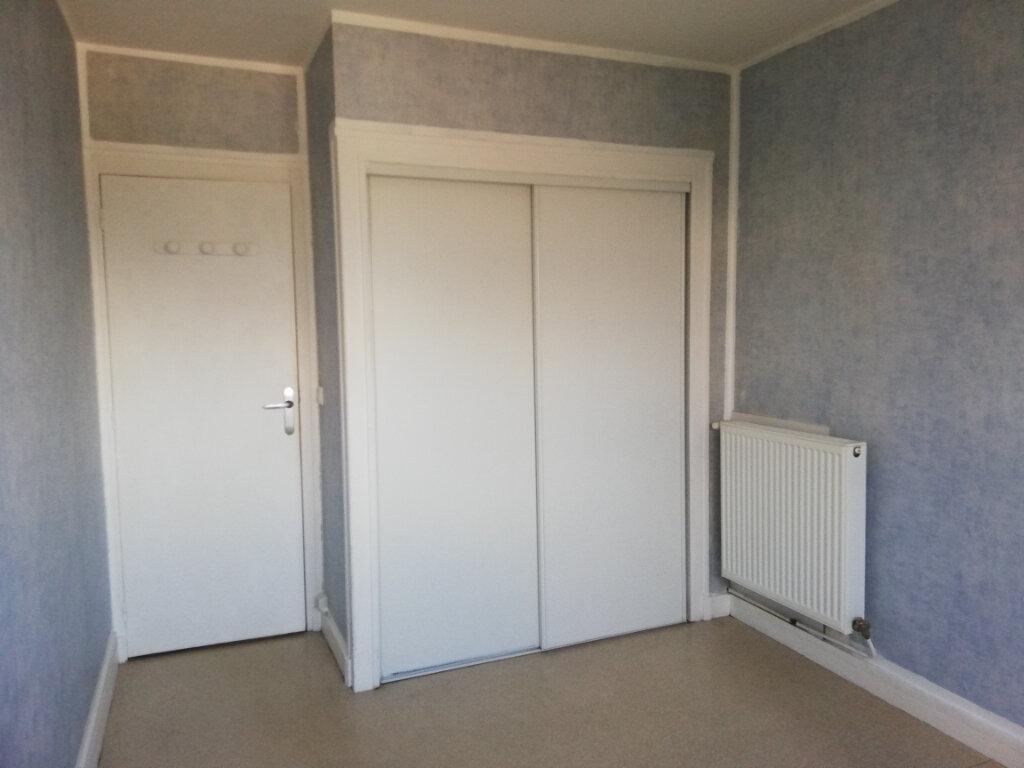 Appartement à louer 3 61m2 à La Teste-de-Buch vignette-4