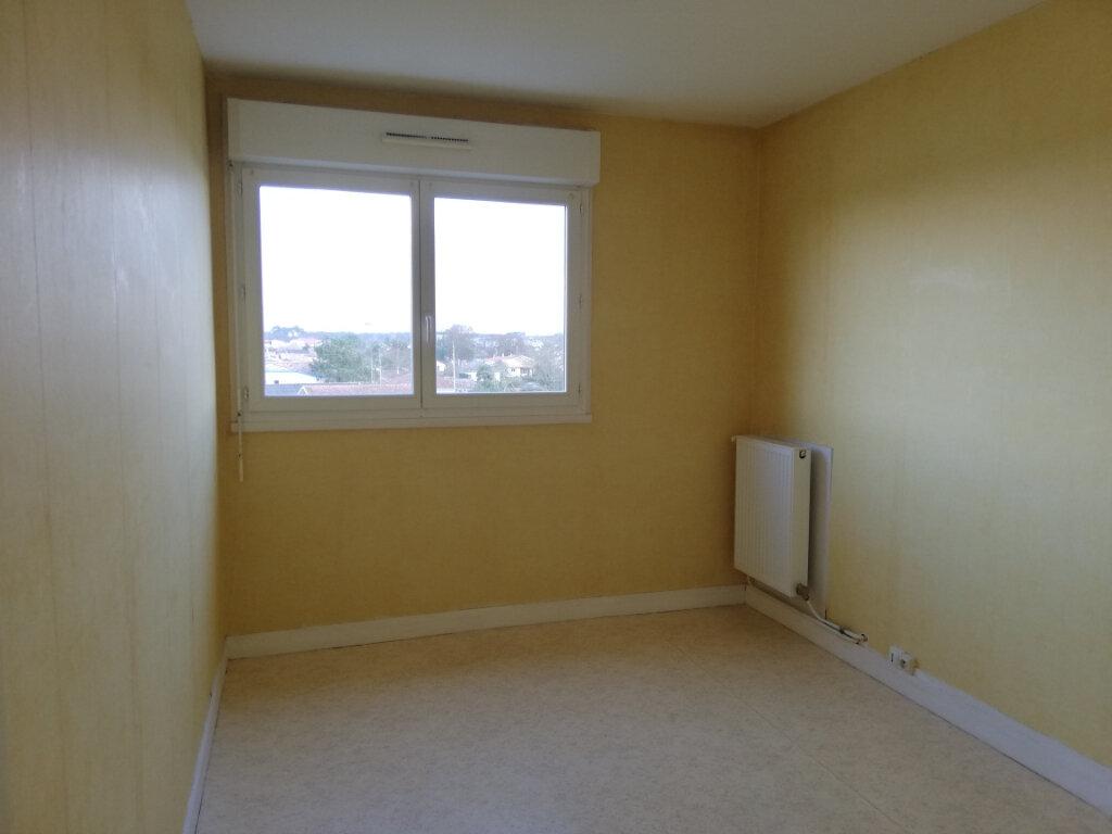 Appartement à louer 3 61m2 à La Teste-de-Buch vignette-6