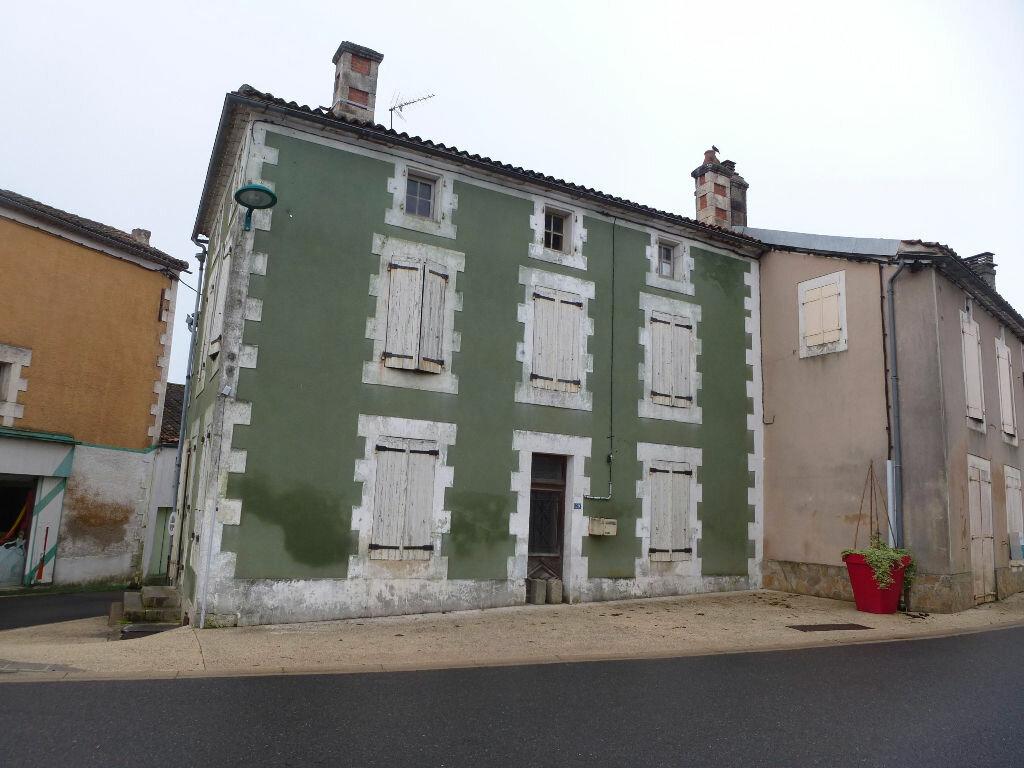 Maison à vendre 5 90m2 à Mouzon vignette-1