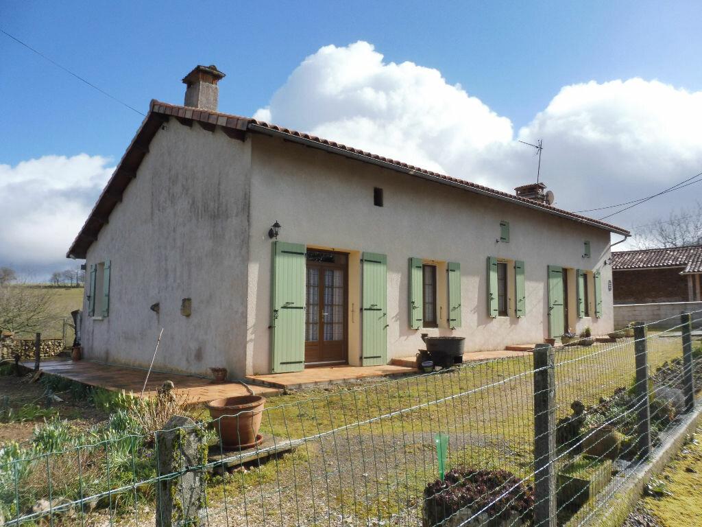 Maison à vendre 5 130m2 à Yvrac-et-Malleyrand vignette-2