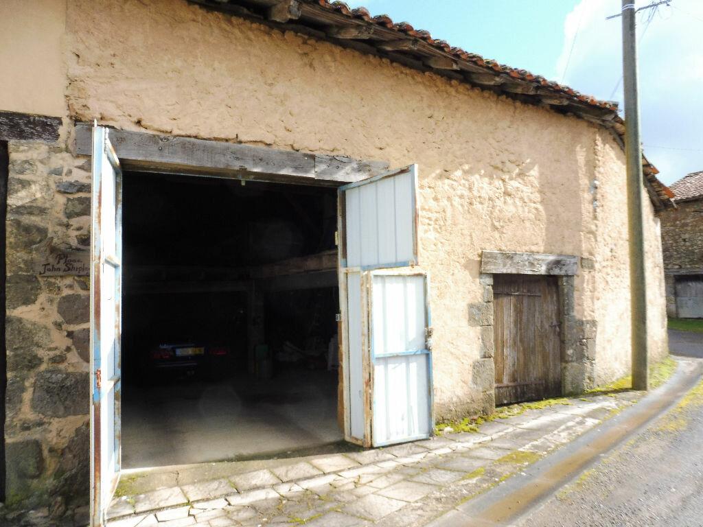 Maison à vendre 5 130m2 à Yvrac-et-Malleyrand vignette-11