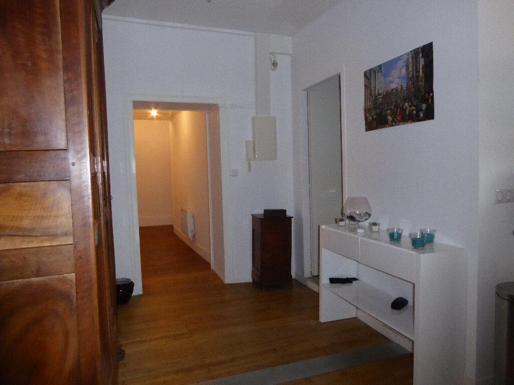Maison à vendre 14 340m2 à La Rochefoucauld vignette-8