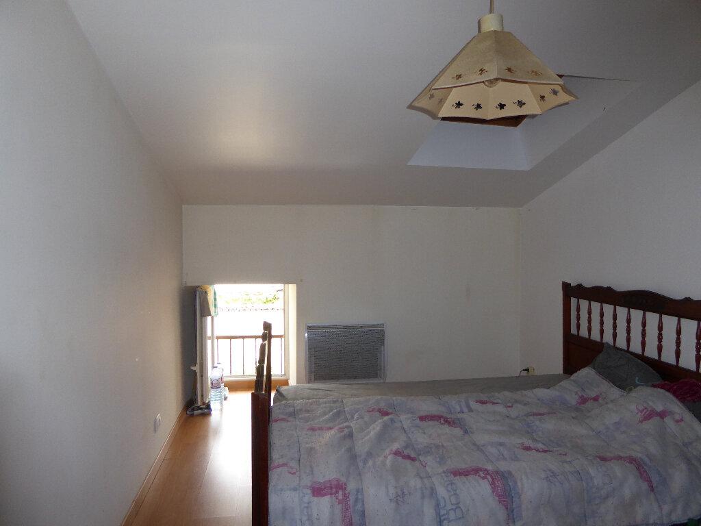 Maison à vendre 14 340m2 à La Rochefoucauld vignette-13