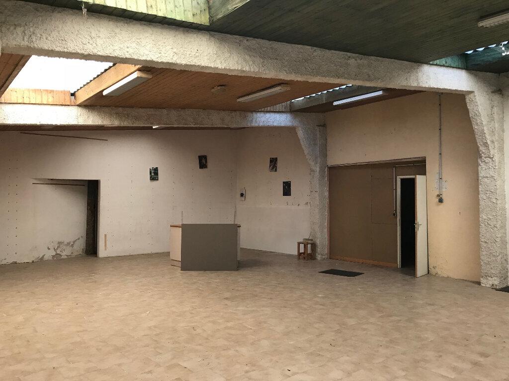 Immeuble à vendre 0 280m2 à La Rochefoucauld vignette-4