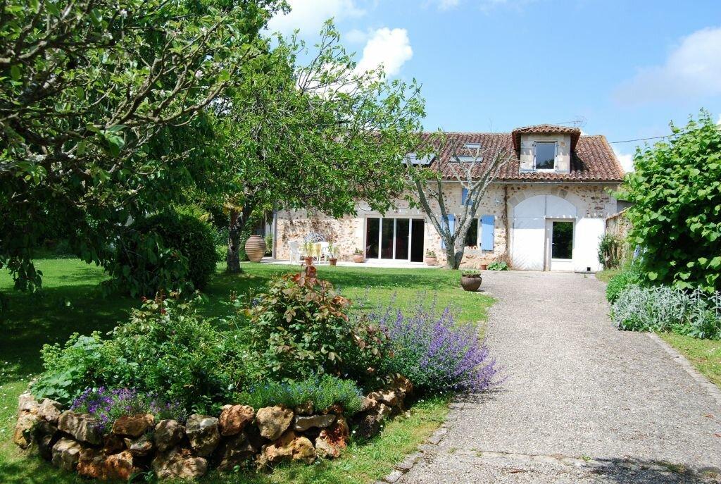 Maison à vendre 7 230m2 à Orgedeuil vignette-2