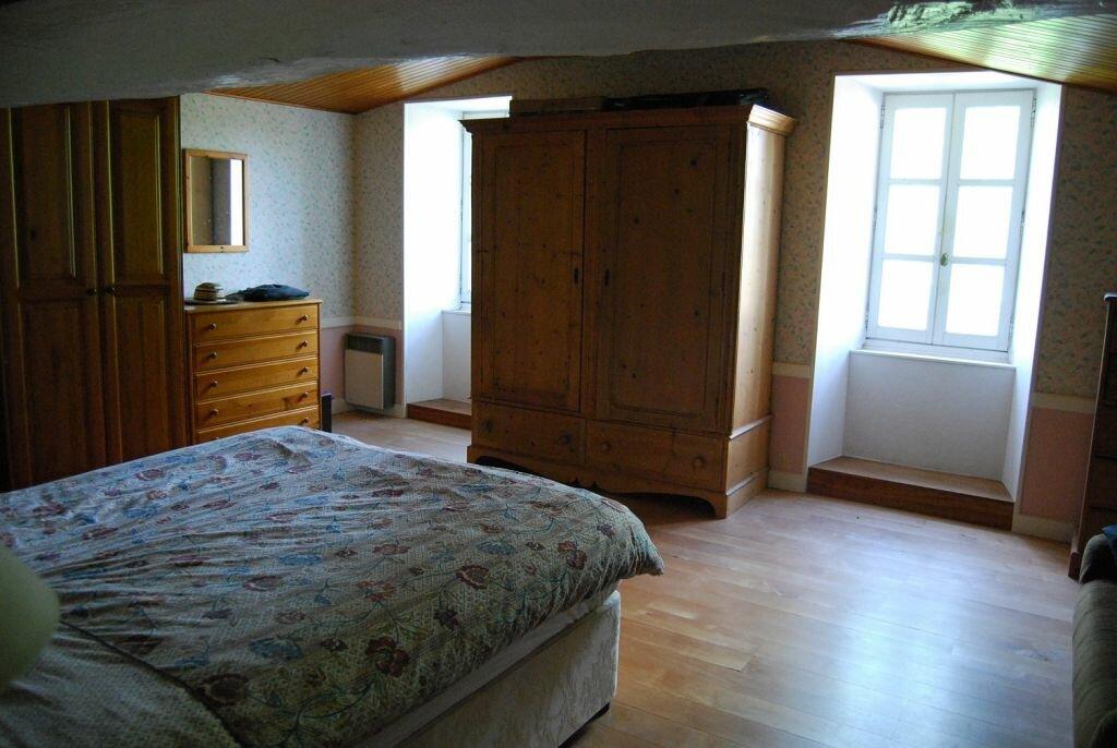 Maison à vendre 7 230m2 à Orgedeuil vignette-6