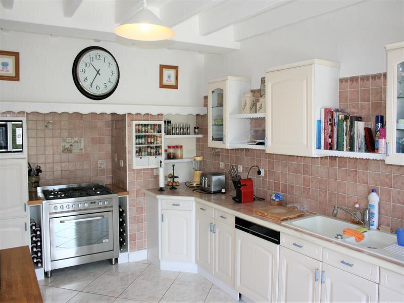 Maison à vendre 18 480m2 à Montbron vignette-5