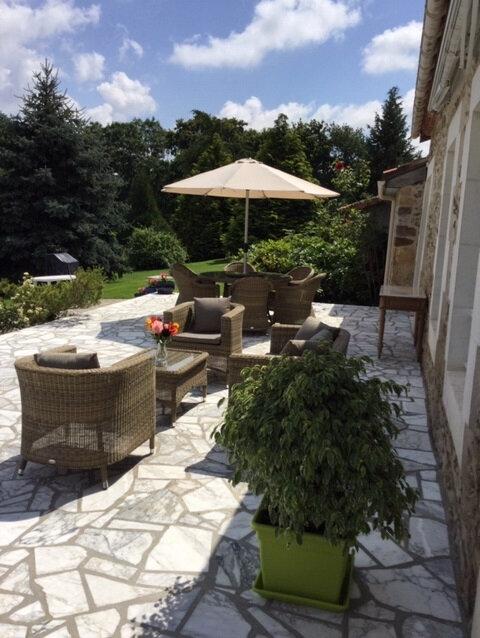 Maison à vendre 18 480m2 à Montbron vignette-12