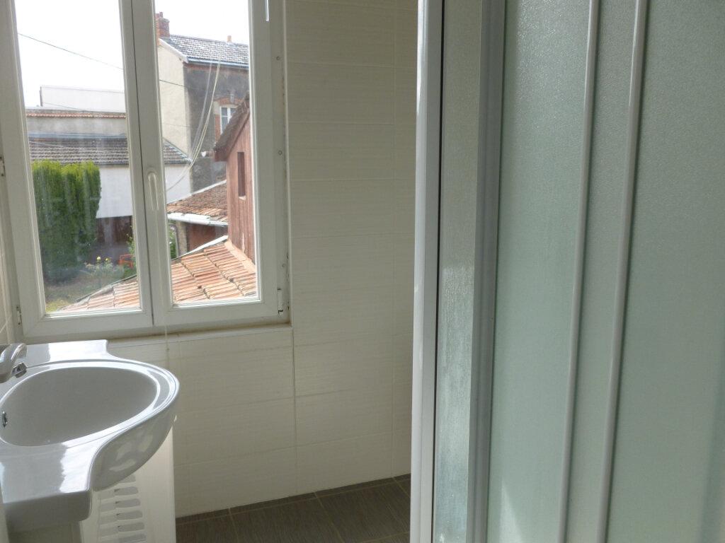 Appartement à louer 1 35m2 à Reims vignette-6