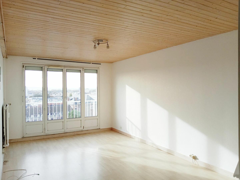 Appartement à louer 2 48m2 à Reims vignette-4