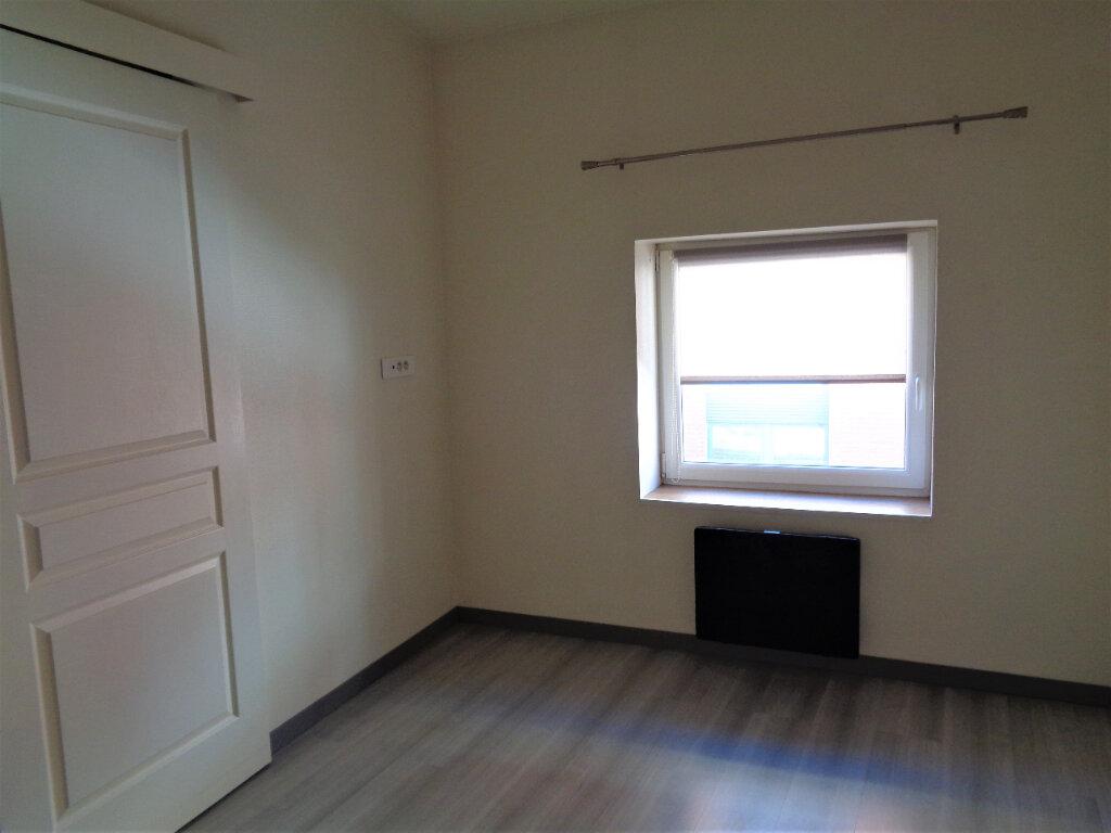 Appartement à louer 2 32m2 à Reims vignette-8