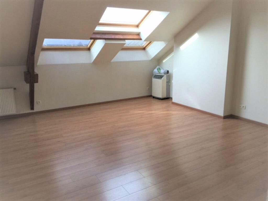Appartement à louer 2 55.76m2 à Reims vignette-9