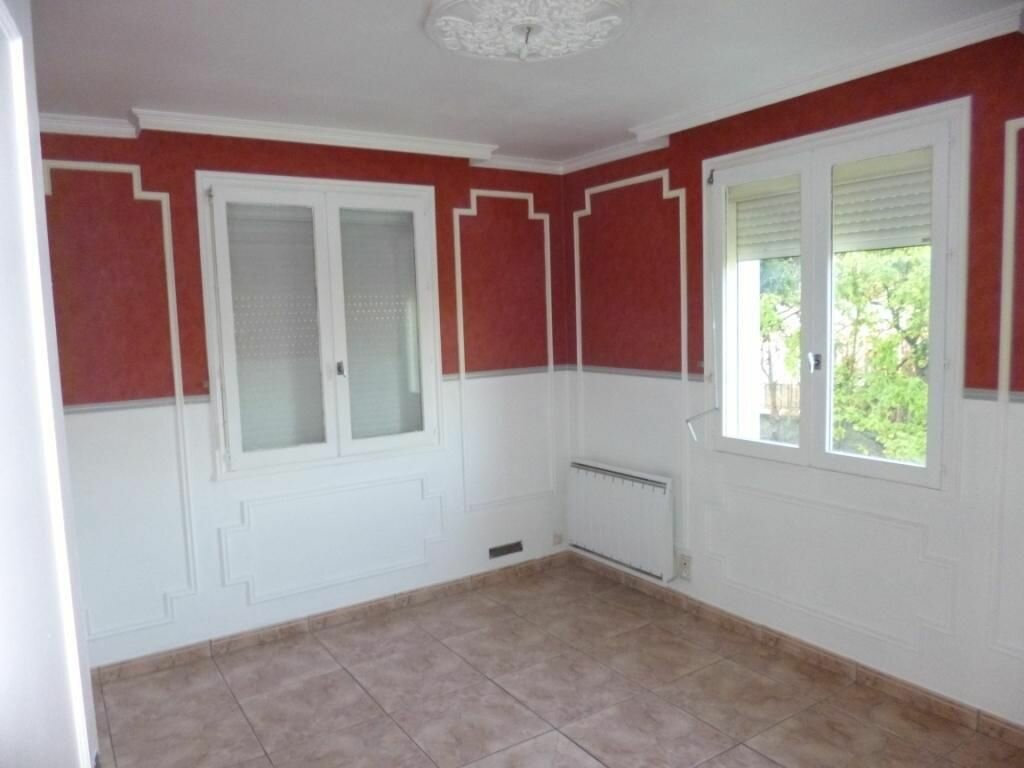 Maison à louer 6 200m2 à Cormicy vignette-9