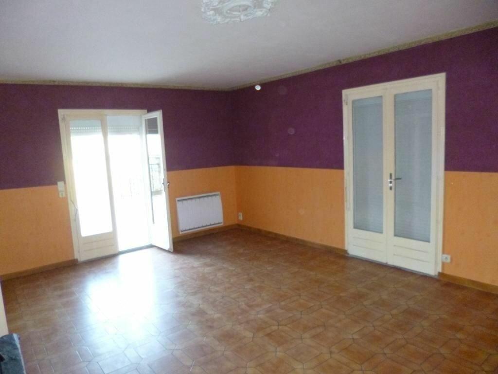 Maison à louer 6 200m2 à Cormicy vignette-12