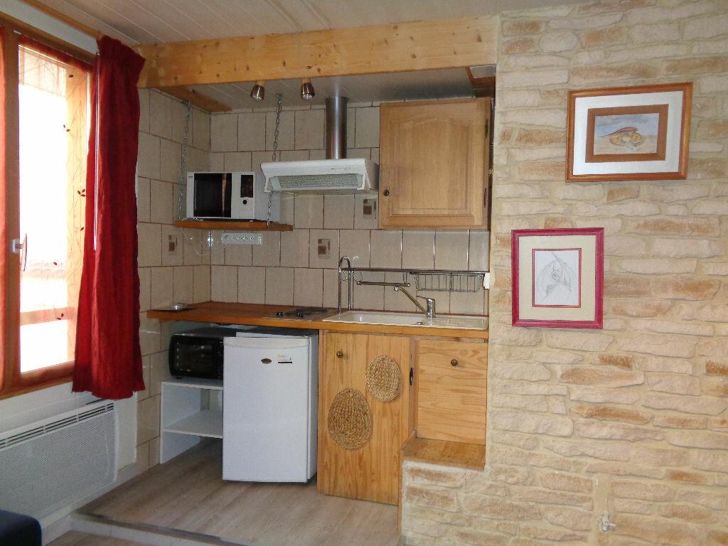 Appartement à louer 2 37.26m2 à Reims vignette-2