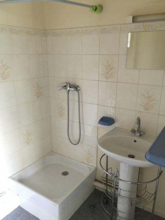 Appartement à louer 1 20m2 à Reims vignette-3