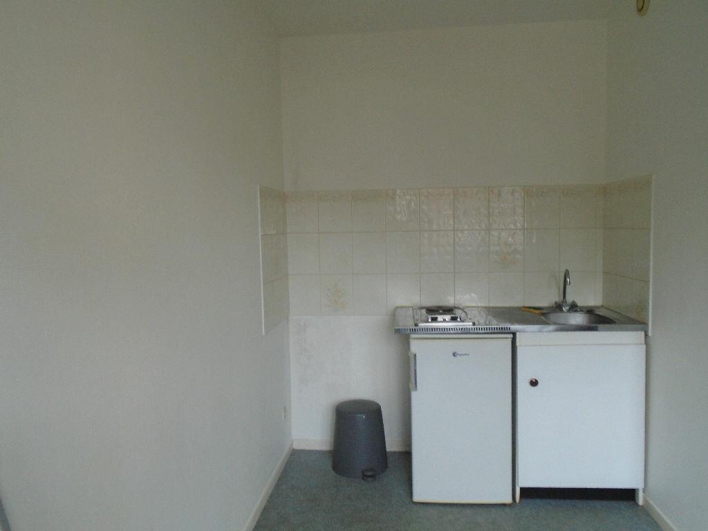 Appartement à louer 1 20m2 à Reims vignette-5