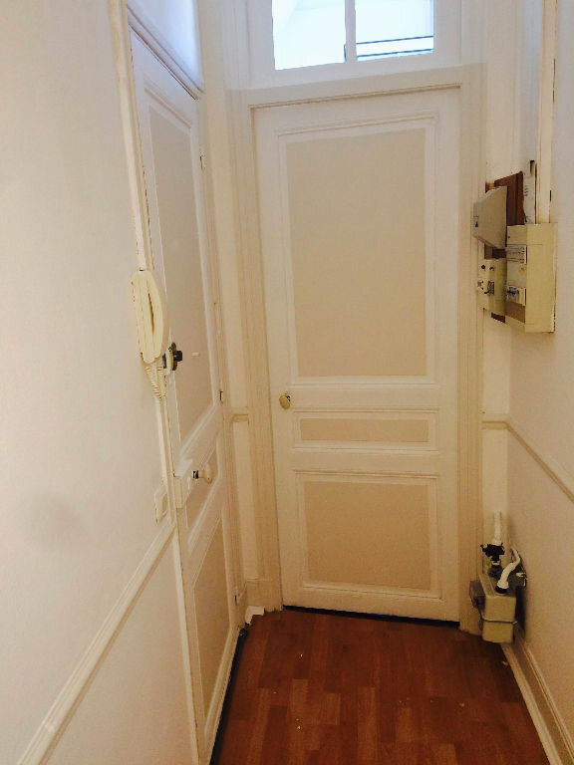 Appartement à louer 2 42.09m2 à Reims vignette-6